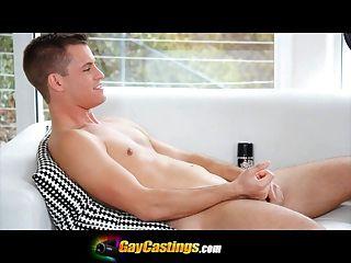 gaycastings Mode-Modell Interview mit einem schmutzigen schief gegangen