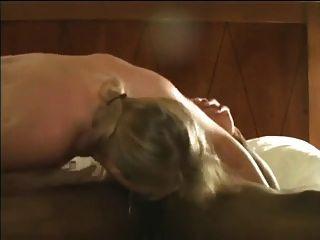 blonde hotwife ihre Muschi für schwarze Sperma Öffnung