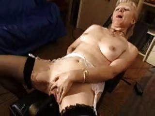 französisch rasierte blonde Oma pt5