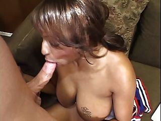 carmen hayes Cheerleader schlampig Blowjob