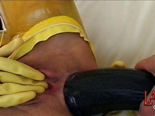 riesigen anal Gemüse macht Arschloch klaffende