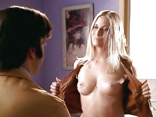 Emily Procter in Brust Männer