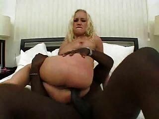 blonde Maxine nimmt eine bbc in ihren geilen Arsch # 000nt