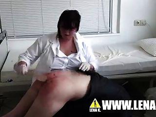Schulkrankenschwester rubina straft hart