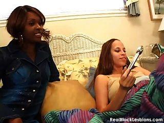 sinnlichen schwarzen lesbischen Sex Video