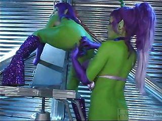 Sommer Cummings grünen Alien Lesben