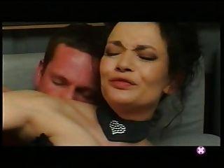 französisch: veronica Lafait baise sur le Canape
