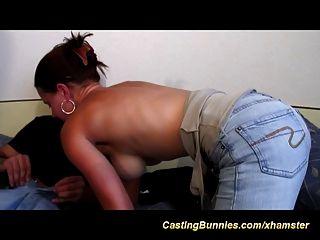 ihre erste anal Casting