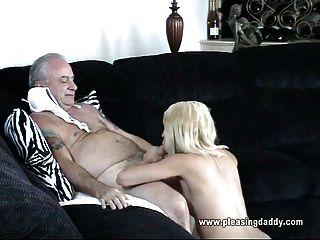 Onkel Jesse fickt eine junge Hottie