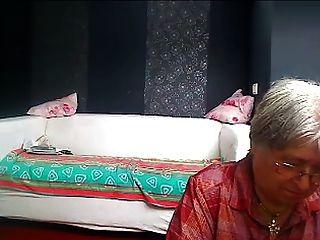 die Großmutter des Nachbarn 2