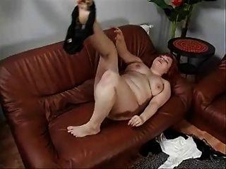 junge dicke Frau