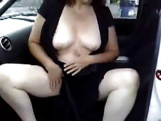 Masturbation in meinem Auto auf einem Parkplatz