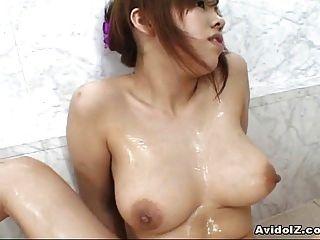 riesige miu Satsuki Masturbation Titten Schlampe