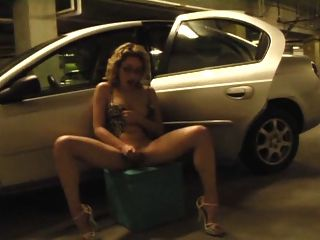mastrubating in Garage