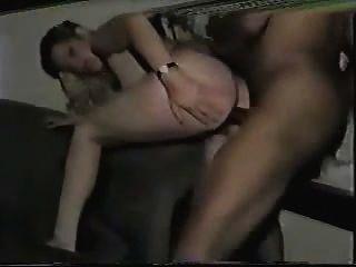 Amateur Hottie fickt auf Kamera Teil 2
