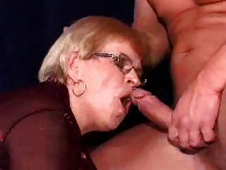 Mutter und Junge-152