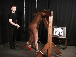schwarz Babe gebunden und caned