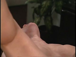 asian sexy Arzt reibt sich ihre Patienten auf Schreibtisch Pussy