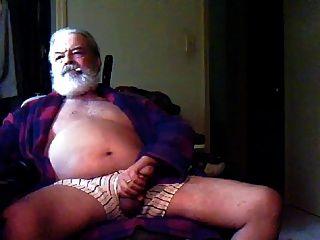 Auch ältere Männer masturbieren