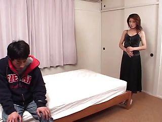 japanisches Mädchen 47-1 glatt