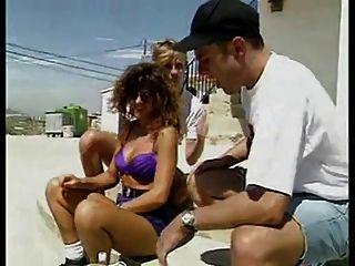 Dame in Spanien 1