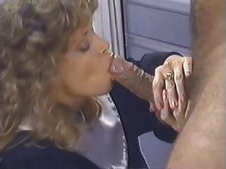 Tracey Adams - diese Nonne liebt den Schwanz!