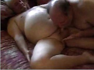 2 sexy Daddies haben Spaß