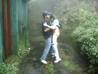Outdoor Öffentlichkeit saugen ficken regen