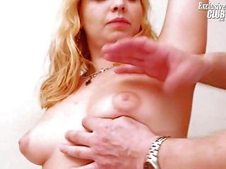 blonde leah Gyno Klinik besucht Pussy Speculum Prüfung haben