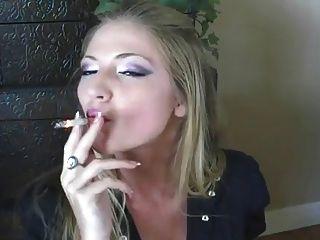 beste Rauchen Mädchen jemals !!!!!!!!!!!!!!