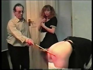 maid 3 Hausfrauendresche