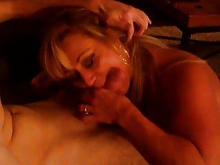 hot blonde reifen jungen Hahn saugen