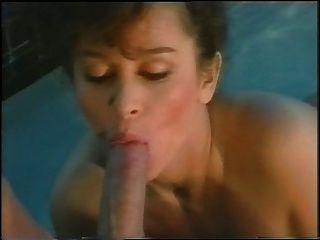 keisha am Pool