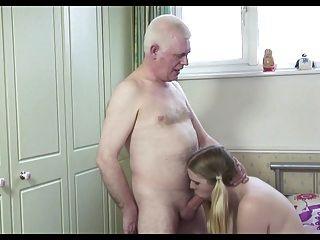 hot alter Mann n junge Hündin
