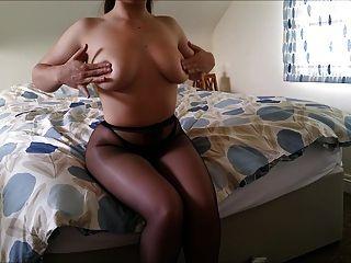 wenig abbie großen Hintern Kostüm Streifen nackt