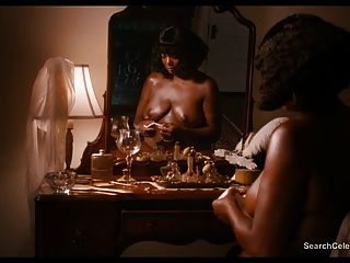 Queen Latifah und Tika Sumpter nude - Bessie