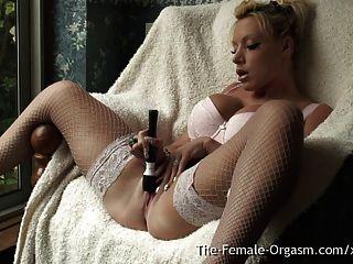 MILF mit großen Titten Doppel echte lange Pussy pulsierenden Orgasmen