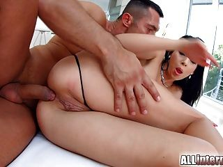 langbeinig Kitty lovedream bekommt hardcore anal Creampie