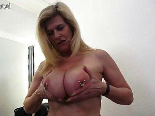 reifen PERV Mutter ihre Vagina