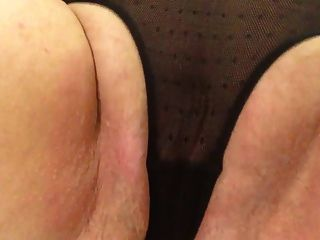 sexy Oma schwarzen Höschen Slapping Fett Muschi Streicheln cum