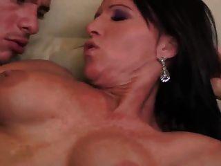 sexy Milf anal und Sperma schlucken (oben MILF)