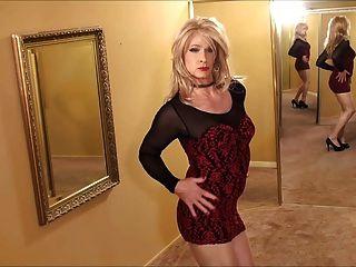 cd in schwarz roten Kleid
