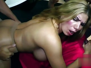 HKM großer Fake Titten Creampie gangbang