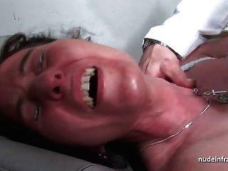 MMF sexy reifen hart anal gesteckt und erweitert