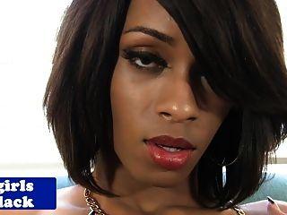 schwarz Amateur Transvestiten auf Stuhl wichsen
