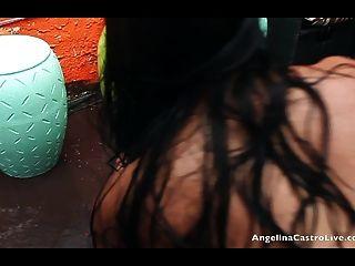 angelina castro und Miss Raquel Votzenspiel im regen!
