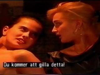 Angelica Bella auf dem Küchentisch # 08