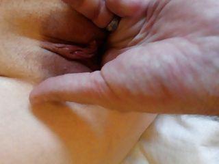 Butt Plug, riesige Sahnetorte & anal Spiel macht meine fb spritzen!