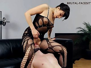 Domina Facesitting bodystocking
