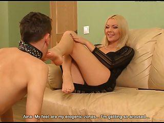perfekt Blondie & Füße